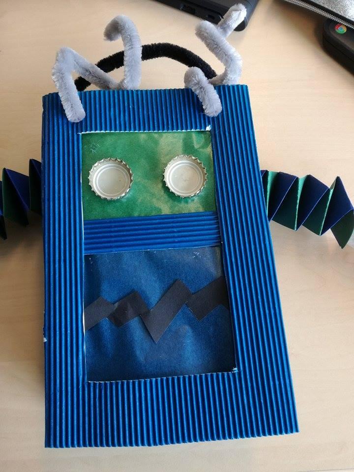 robot lampion
