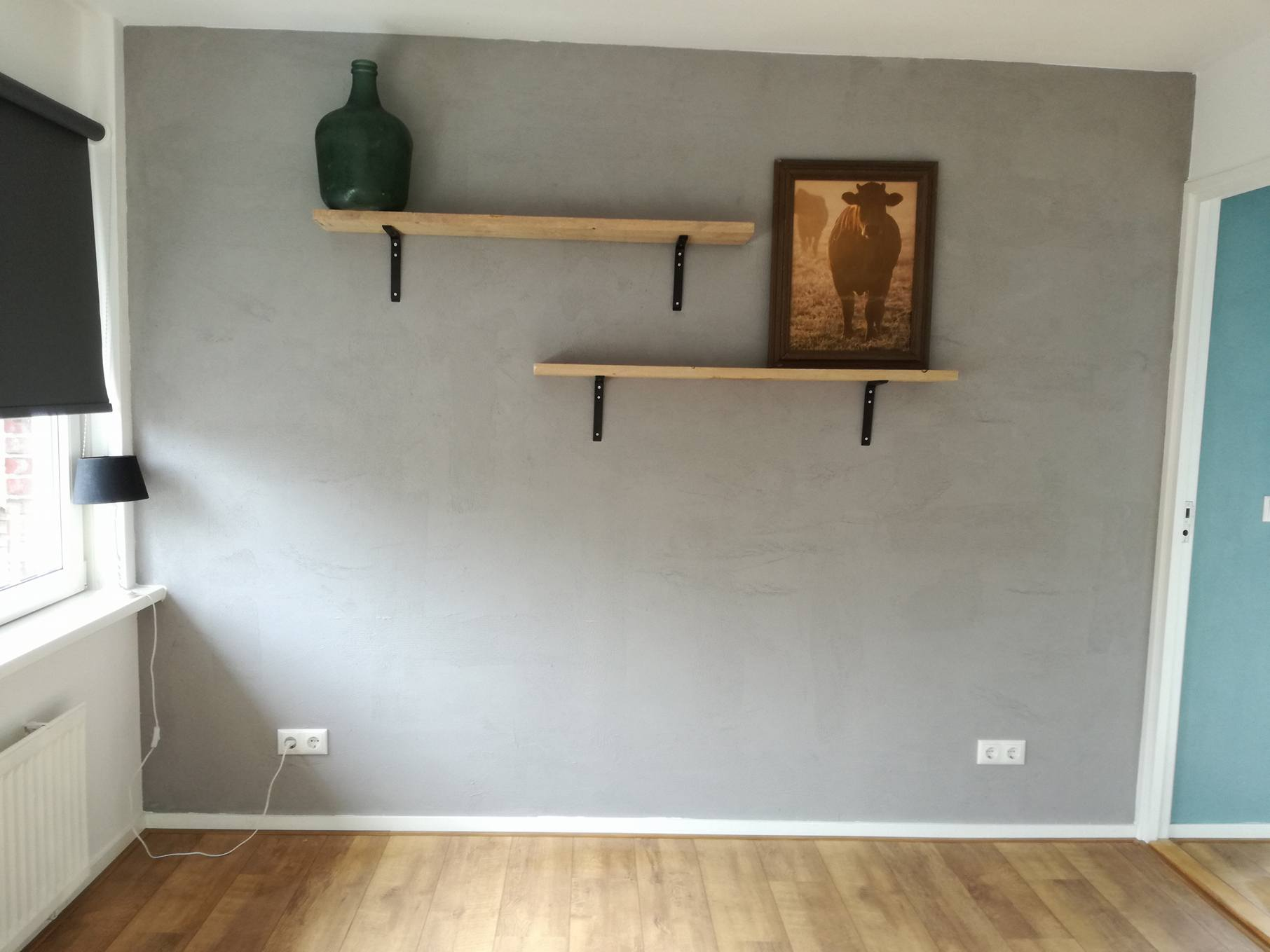 slaapkamer-betonmuur