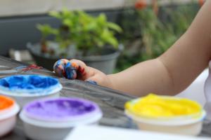 DIY: Makkelijke cadeautjes met vingerverf