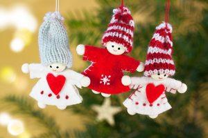 10 ideetjes voor een kerstslinger in huis