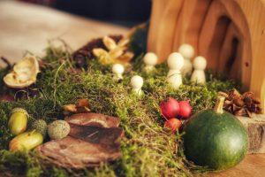Mijn herfst seizoenstafel met natuurlijke materialen