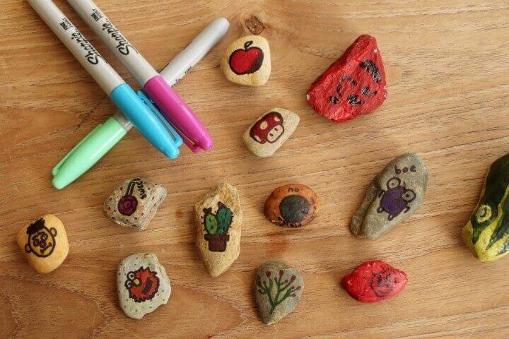 Happy-stones-maken-versieren-stiften